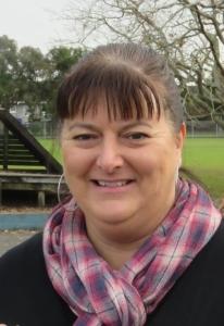 Mrs Samantha Simons
